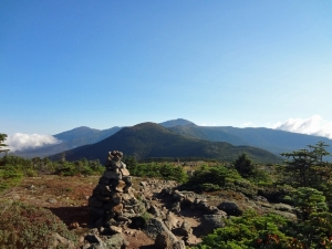 On Top of Mt. Pierce, A cairn marks the trail